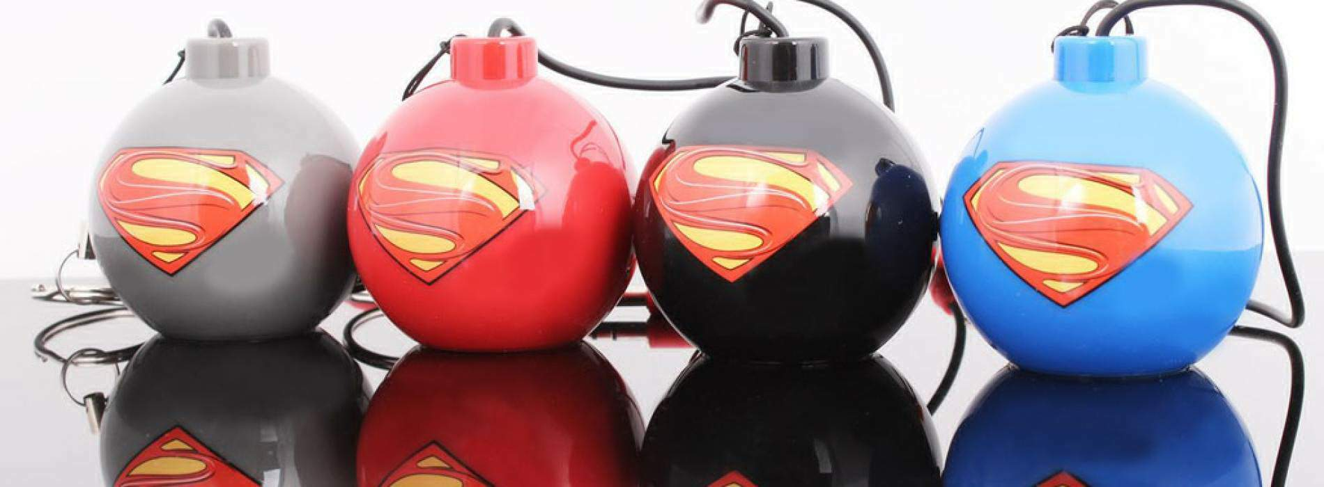 Mini altavoces bomba de Superman