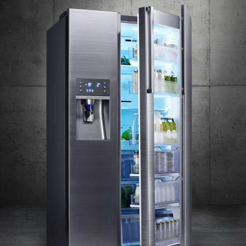 Lavadora WW9000 y frigorífico Food Showcase de Samsung