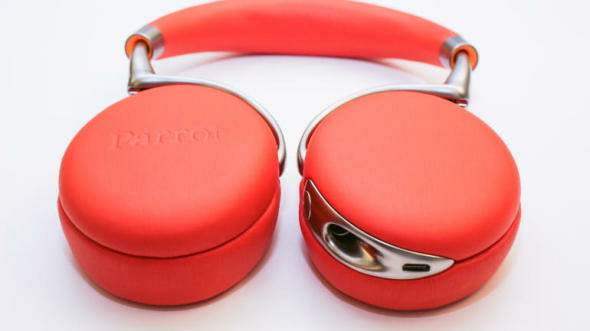 parrot-zik-2-headphones-product-photos09